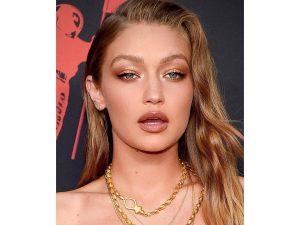 MTV Awards: Το συγκλονιστικό μακιγιάζ της Gigi!